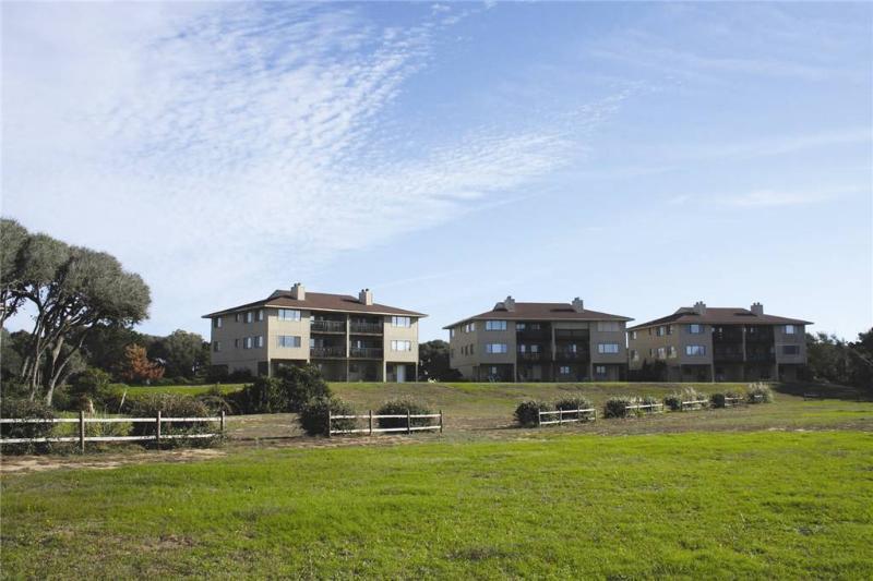 #7 Ocean Court - Image 1 - Caswell Beach - rentals