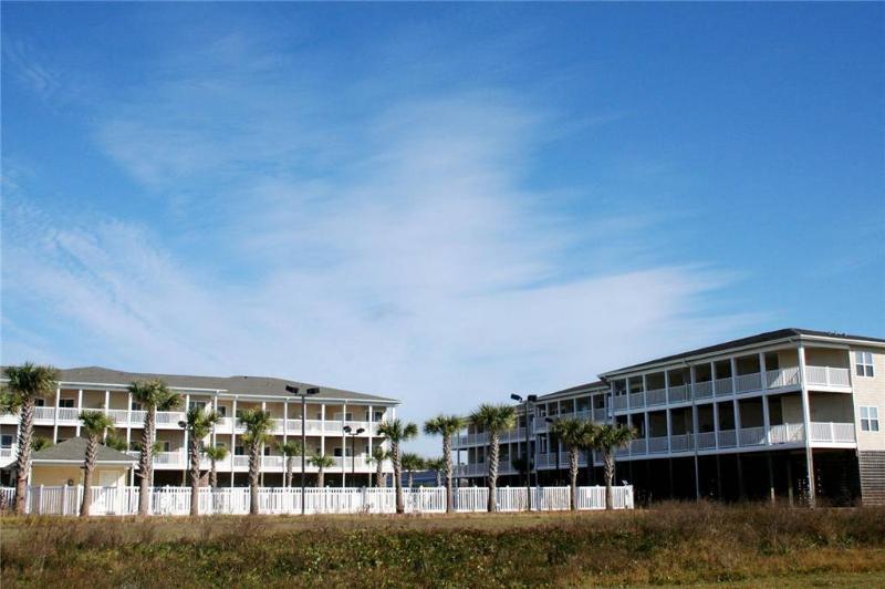 A Pelican's Bluff #3204 120 SE 59th Street - Image 1 - Oak Island - rentals