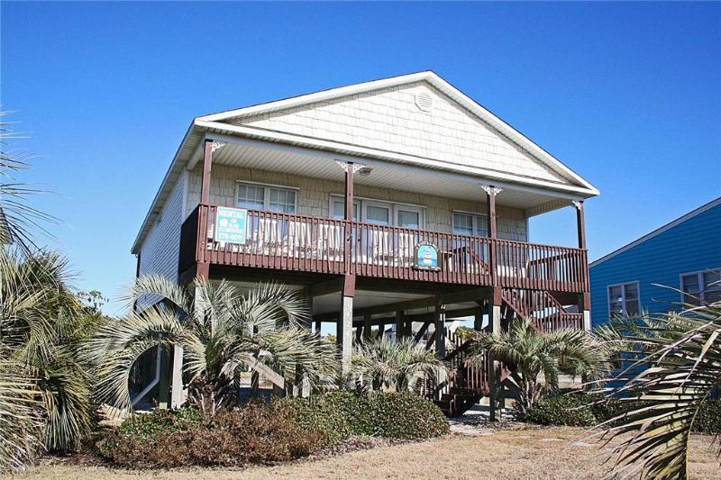 A Buoy and A Gull 1424 East Beach Drive - Image 1 - Oak Island - rentals