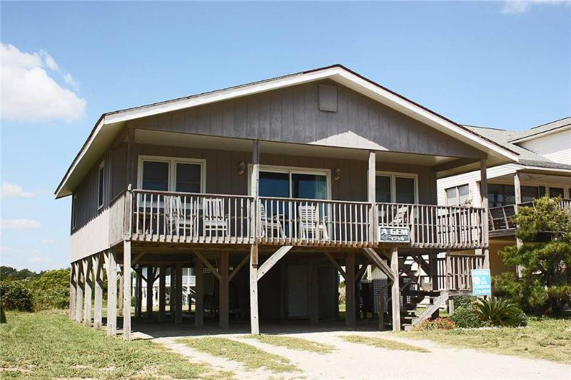 A Gem 1714 West Beach Drive - Image 1 - Oak Island - rentals