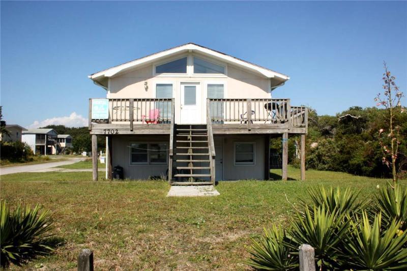 Albatross 7702 East Beach Drive - Image 1 - Oak Island - rentals