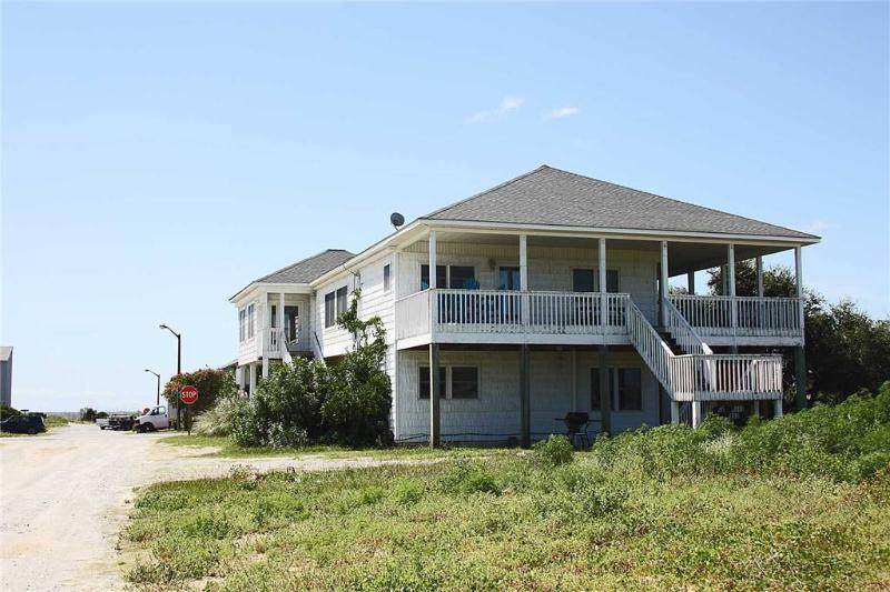 A Little R&R 2001 West Dolphin Drive - Image 1 - Oak Island - rentals