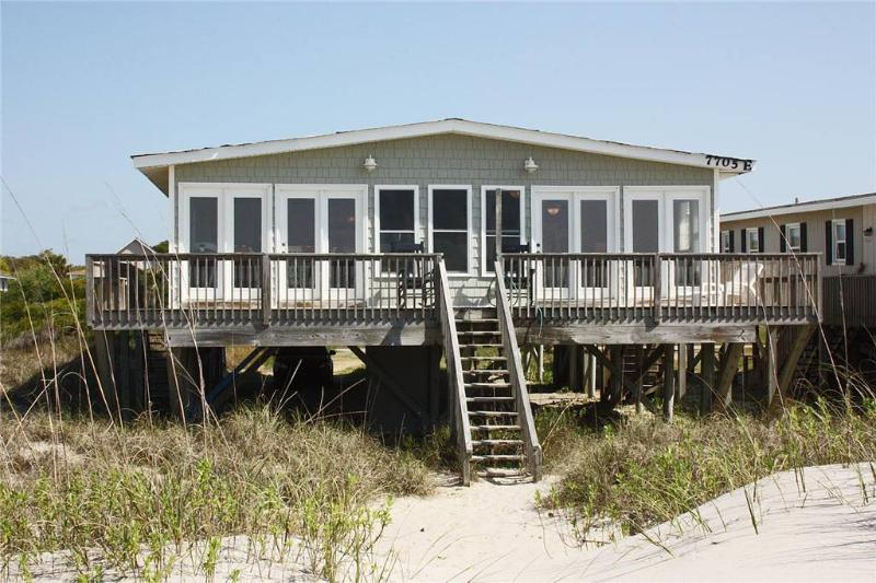 Big Kahuna 7705 East Beach Drive - Image 1 - Oak Island - rentals