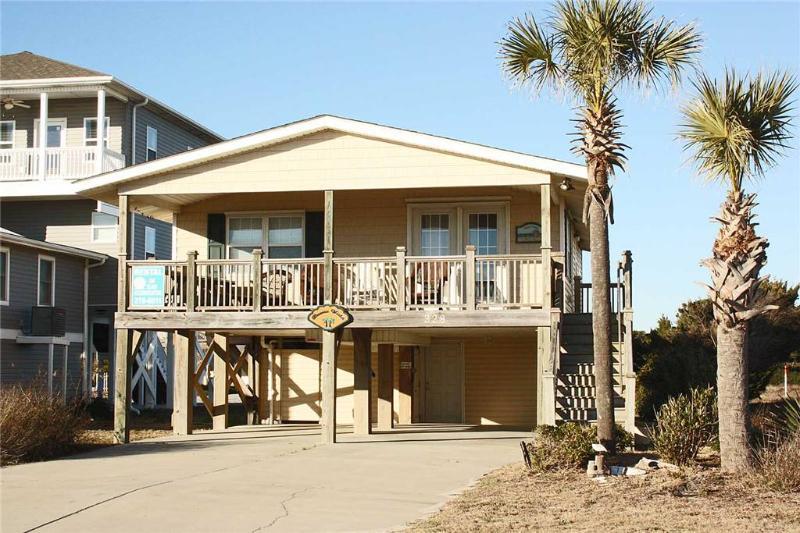 Buena Vista 328 East Beach Drive - Image 1 - Oak Island - rentals
