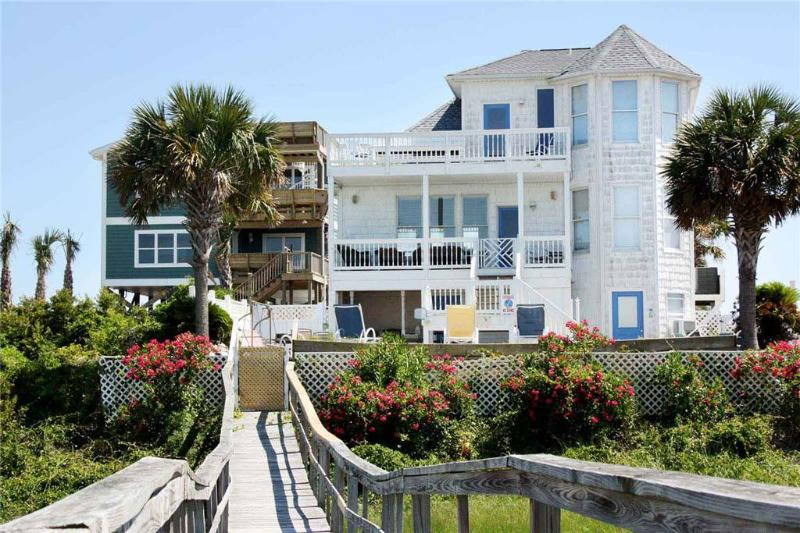 Carolina Cottage 6630 Kings Lynn Drive - Image 1 - Oak Island - rentals
