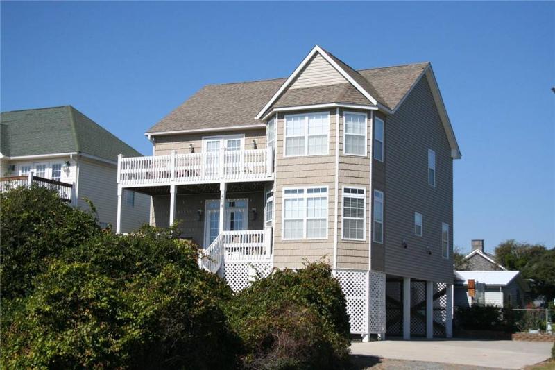 Cox Landing 404 Ocean Drive - Image 1 - Oak Island - rentals