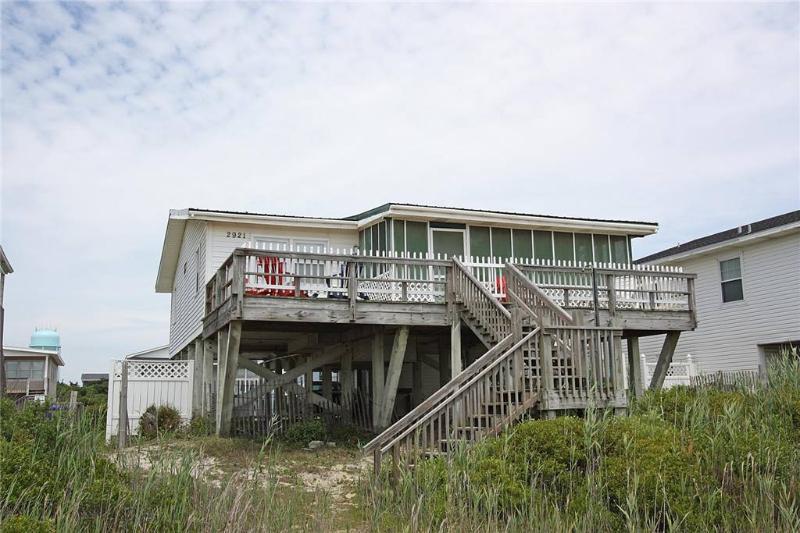 Da Ba Ka La 2921 East Beach Drive - Image 1 - Oak Island - rentals