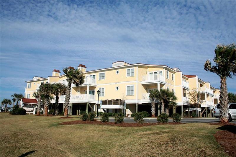 FishN Fantasies #112 700 Ocean Drive - Image 1 - Oak Island - rentals