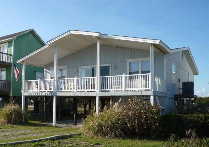 Forever Young 122 East Beach Drive - Image 1 - Oak Island - rentals
