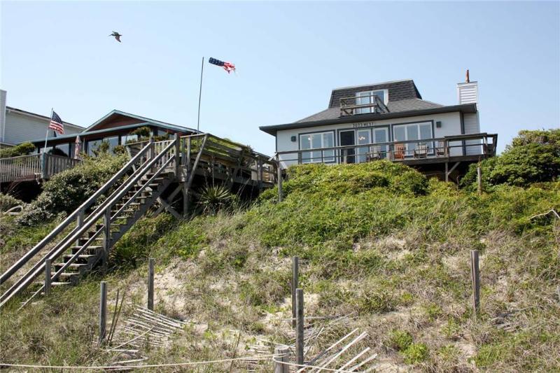 Gary's Folly 3603 West Beach Drive - Image 1 - Oak Island - rentals