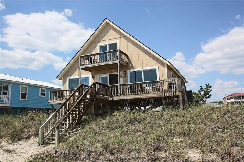 Pelican House    1001 Ocean Drive - Image 1 - Oak Island - rentals