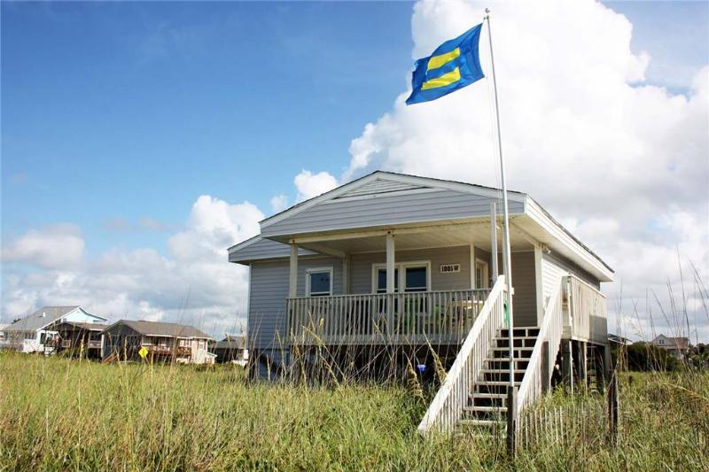 Sand Walker  1005 West Beach Drive - Image 1 - Oak Island - rentals