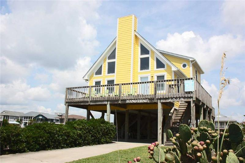 Sand Trap 2528 West Beach Drive - Image 1 - Oak Island - rentals