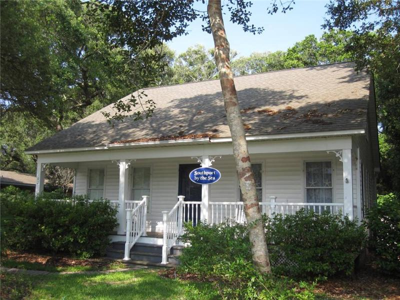 Southport by the Sea 102 SE 74th Street - Image 1 - Oak Island - rentals