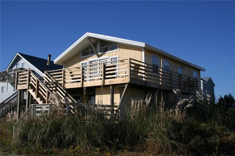 Super Snark  5227 East Beach Drive - Image 1 - Oak Island - rentals