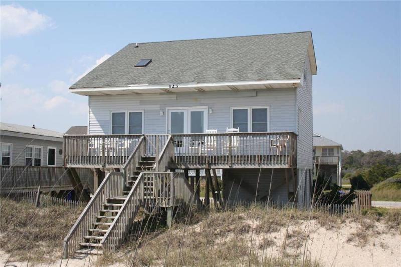 Uncle Ed's 123 East Beach Drive - Image 1 - Oak Island - rentals