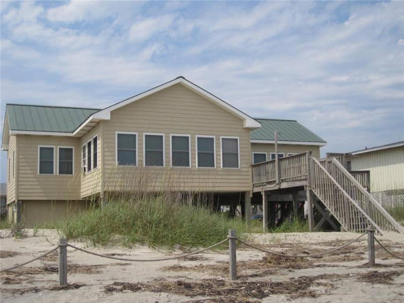 Ye Olde Salt and Pepper  719 West Beach Dr - Image 1 - Oak Island - rentals