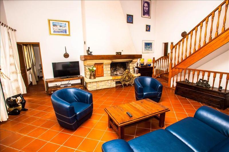 """Villa """"Camelia"""" très spacieuse avec très grande terrasse idéalement placée pour visiter la région - Image 1 - Calvi - rentals"""