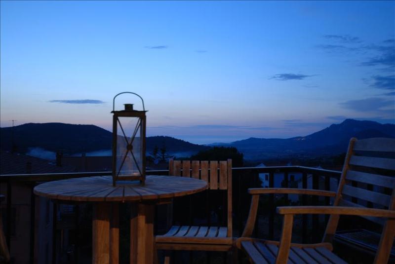"""Appartement """"terra""""  à  Calenzana, lumineux et très fonctionnel ambiance """"village"""" - Image 1 - Calenzana - rentals"""