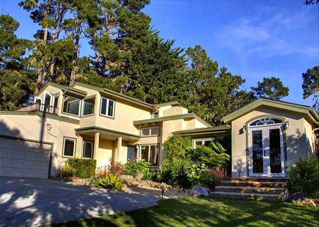 3397 Pacific Whispers - Perfect for Concours d'Elegance! Near Golf & Ocean - Image 1 - Pebble Beach - rentals
