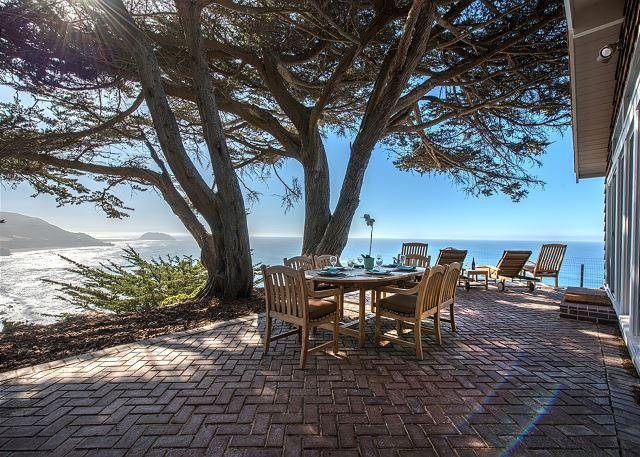 "Welcome to ""Cliff House""! Stunning Oceanfront Views of the Famous Big Sur Coastline!  See any Gray Whales? - 3670 Cliff House - Stunning Oceanfront Home! Big Sur Coastline & Ocean Views! - Big Sur - rentals"