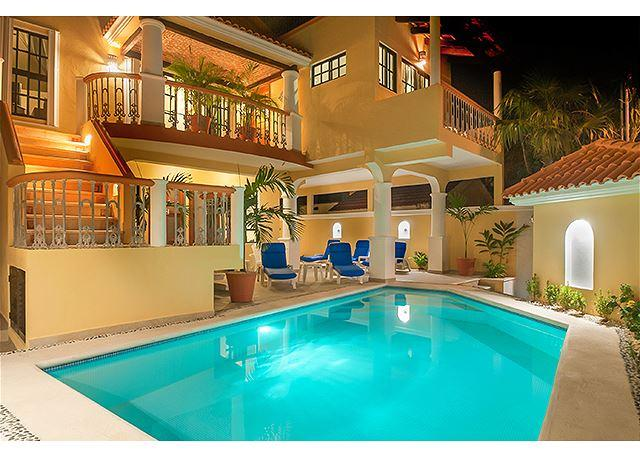 Comfortable apartment next to sparkling pool - Image 1 - Puerto Morelos - rentals
