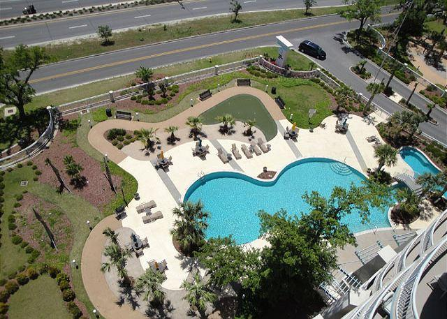 Beautiful Legacy Towers Penthouse - Image 1 - Gulfport - rentals