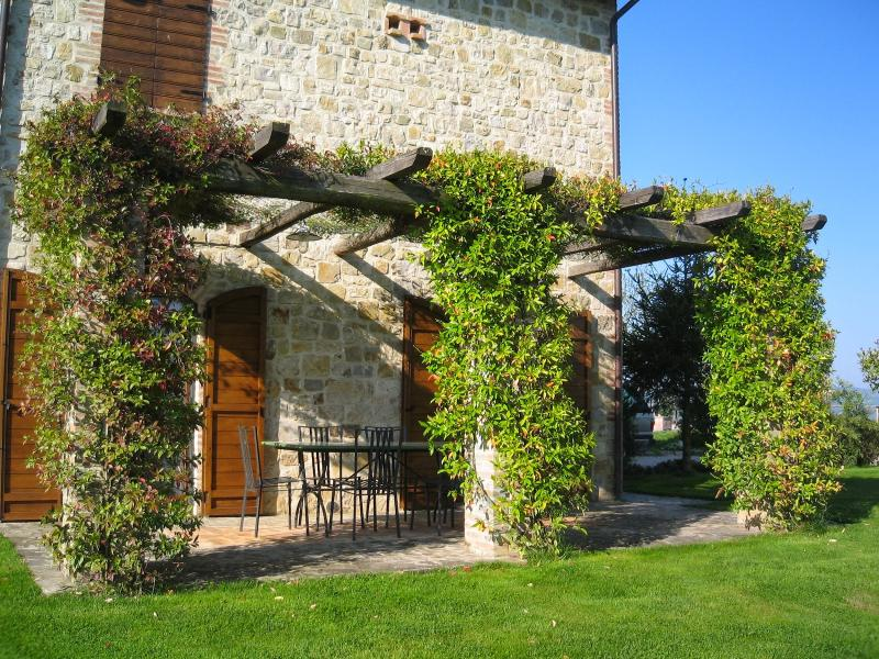 5 bedroom Villa in Collazzone, Umbrian countryside, Umbria, Italy : ref 2294138 - Image 1 - Collazzone - rentals