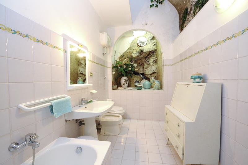 Historical Apartment Resting on the Water's Edge - Ceramica Balcone - Image 1 - Ravello - rentals