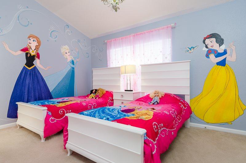 Windsor Wishes | Perfect Townhome with Magical Princess Themed Bedroom & Furniture Upgrades - Image 1 - Four Corners - rentals