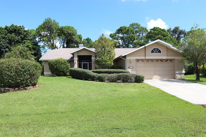 Front entrance - Villa Palmetto Pine - Cape Coral - rentals