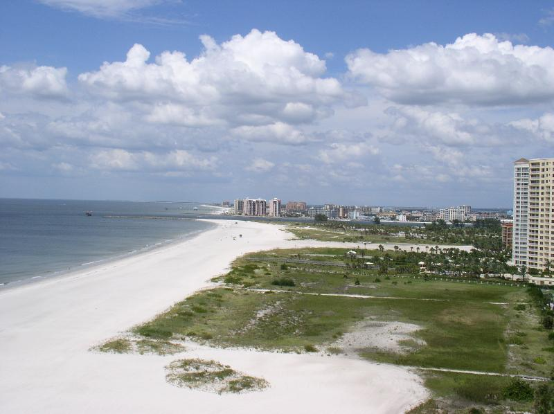 Views of Beach from Balcony - A Lighthouse Towers 2 Bedroom Gulf Front - Clearwater - rentals