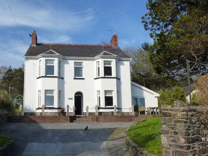 Luxury Villa in Dylan Thomas' Laugharne - Image 1 - Laugharne - rentals