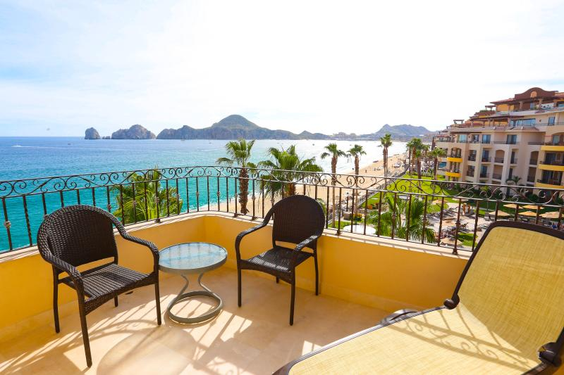 Private & Deluxe Beachfront Studio with Kitchenette - 4th Floor in Medano Beach - Image 1 - Cabo San Lucas - rentals