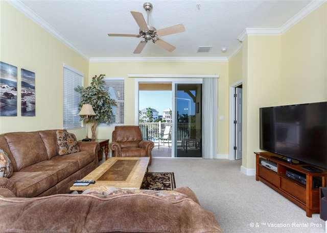 The views never stop in our corner unit on the second floor! - 921 Cinnamon Beach, End Unit, 2 heated pools, HDTV, Bar, wifi - Palm Coast - rentals