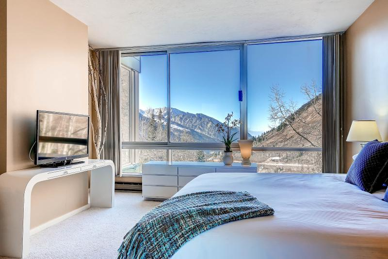 View 2 Master Bedroom - The View #2 - Alta - rentals