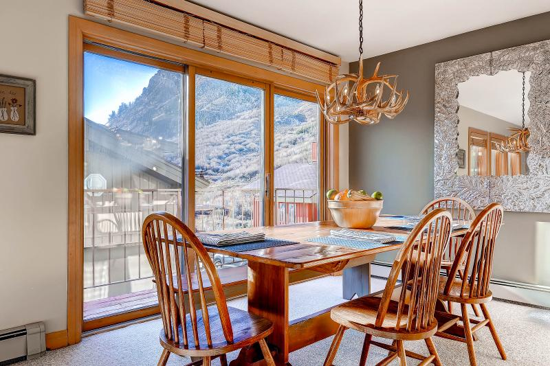 Superior Point 2F Dining Area - Superior Point Condominiums - 2F - Alta - rentals