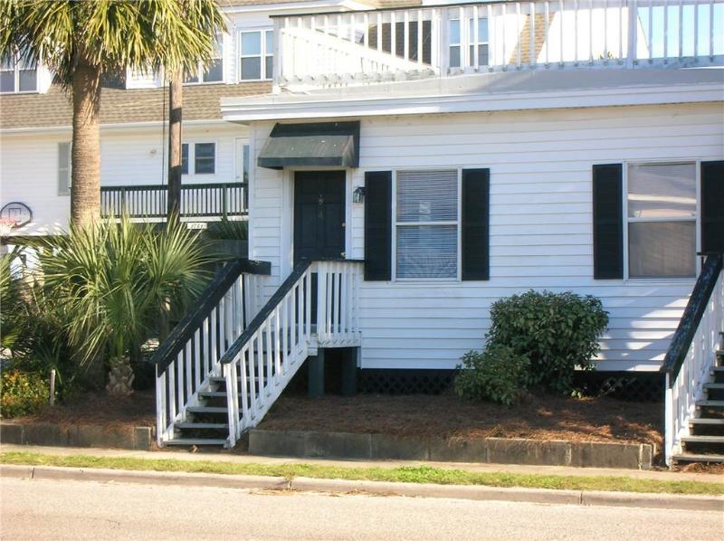 "1208 Palmetto Blvd - ""Ocean Villa #4"" - Image 1 - Edisto Beach - rentals"
