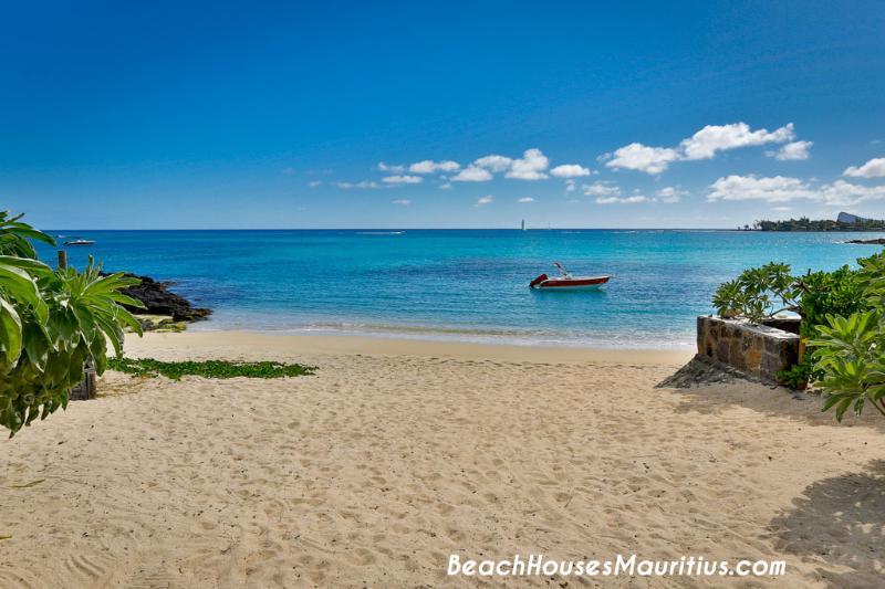 Contemporary Villa and paradise bay - Gay friendly - Image 1 - Pereybere - rentals
