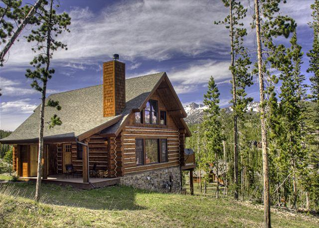 Spacious 4 BD Mountain Cabin Close to Yellowstone: Hiking, Rafting, & More! - Image 1 - Big Sky - rentals