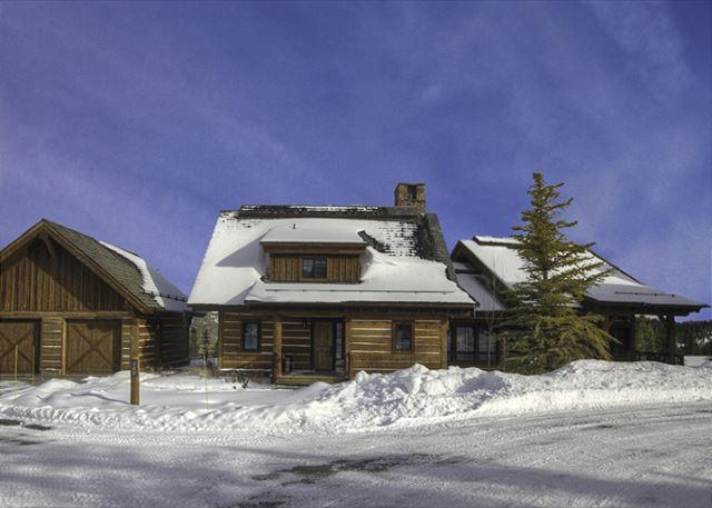 Book Summer 2015 Now! Cozy 4+ Bedroom Mountain Cabin Close to Yellowstone. - Image 1 - Big Sky - rentals