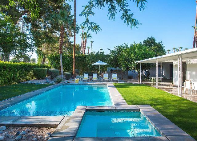 The Brentwood~ SPECIAL TAKE 20% OFF ANY 7NT STAY THRU 3/2 - Image 1 - Palm Springs - rentals