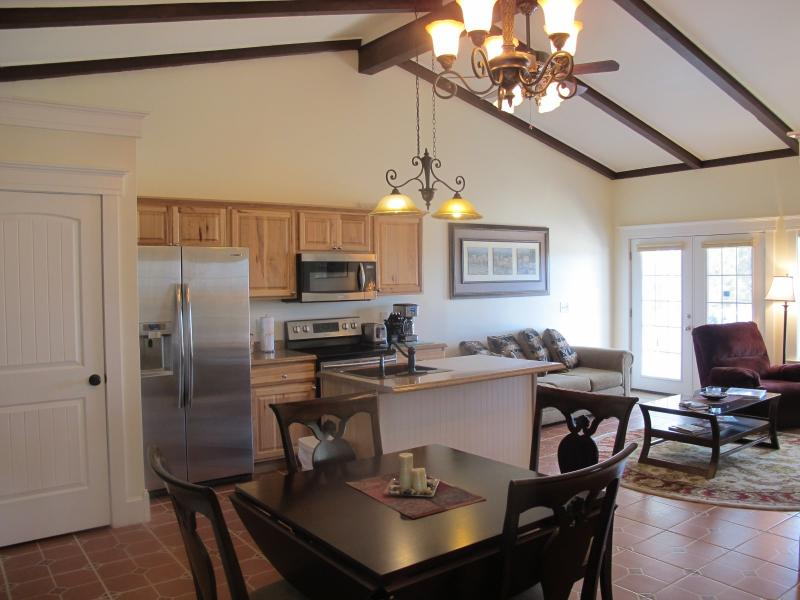 Soaring Ceilings With An Open Living Area - Hilltop Condo # 1 - Rockport - rentals
