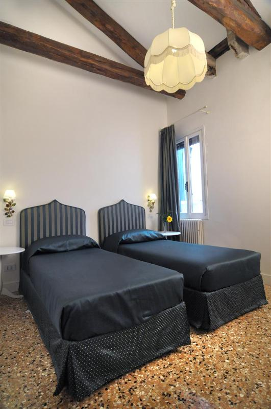 Ca' Dell'Artista - Image 1 - Venice - rentals