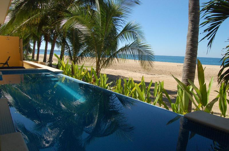 The pool at the beach - Casa Linda - Beachfront! - San Pancho - San Pancho - rentals