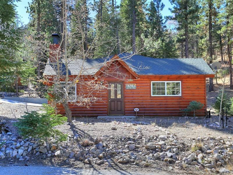 Lazy Bear Lodge #1235 - Image 1 - Big Bear Lake - rentals