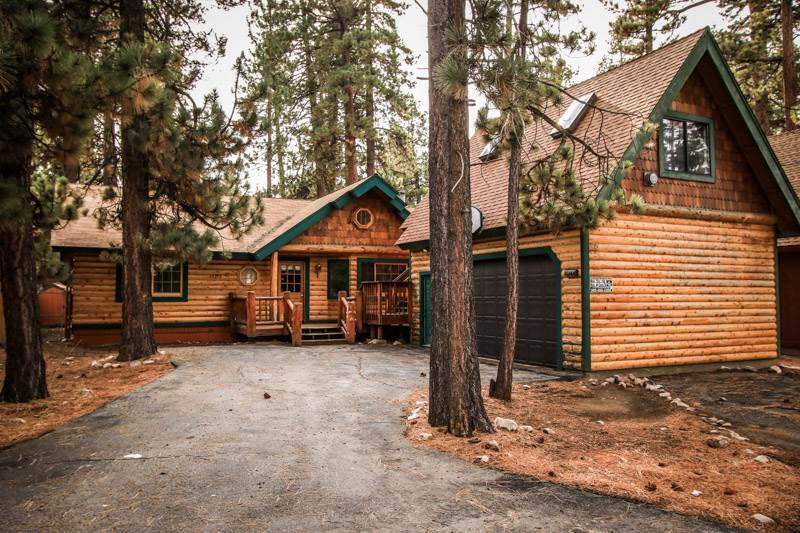 Starview Chalet #870 - Image 1 - Big Bear Lake - rentals