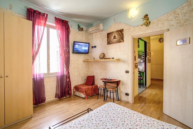 Double Bedroom Saint Peter Dome view - Penthouse 2bedroom terrace AngelsGateSanPietroRome - Vatican City - rentals