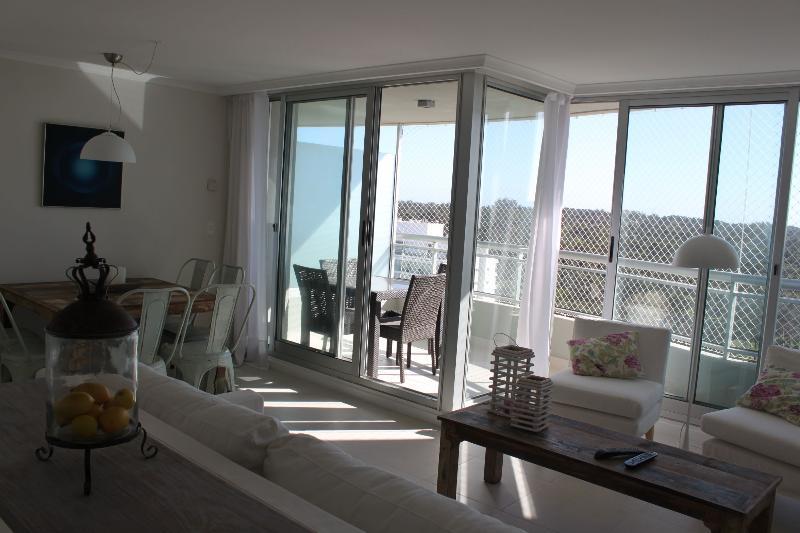 Great  new Apartment Ocean Drive 2 Punta del Este - Image 1 - Punta del Este - rentals