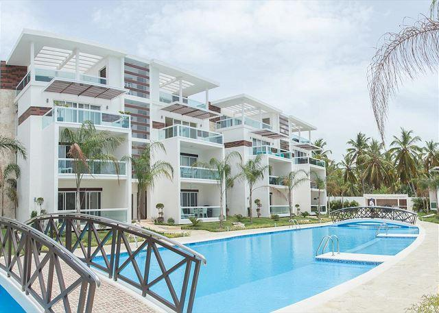 Costa Hermosa F102 - Walk to the Beach! - Image 1 - Punta Cana - rentals